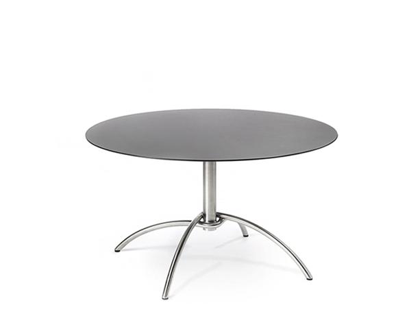 Taku bistro table, not hinged