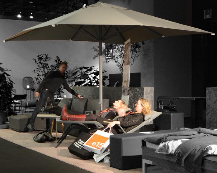Atlantic Relaxliege und Beistelltisch, Aluline Schirm, Suite Lounge