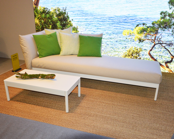 Kairos Lounge sofa with footrest