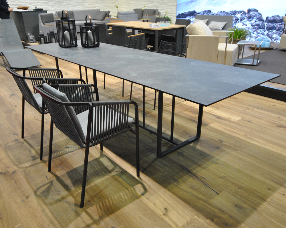 salone internazionale del mobile 2015 fischer m bel. Black Bedroom Furniture Sets. Home Design Ideas